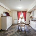 bucatarie apartament lux Mamaia